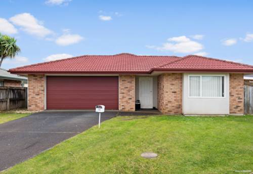 Mangere, Solid Family Home with big Backyard!, Property ID: 794492 | Barfoot & Thompson