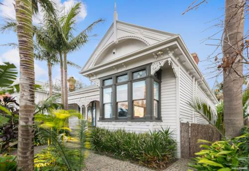 Herne Bay, A Heavenly Treat on Trinity, Property ID: 794946 | Barfoot & Thompson