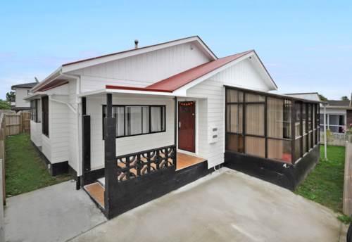 Manurewa, Affordable STURDEE Home, Property ID: 795079   Barfoot & Thompson