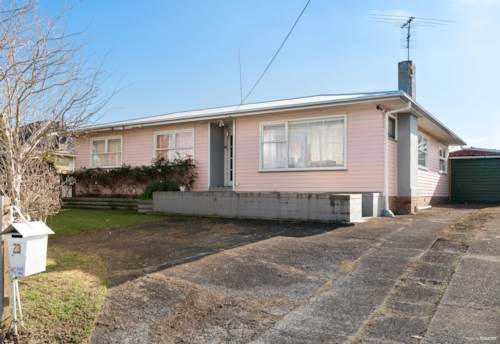 Mangere East, Deceased Estate! Put this on your list as a must view!, Property ID: 794990 | Barfoot & Thompson