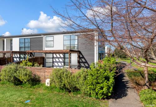 Takanini, Owners Have Bought - Must Be Sold!, Property ID: 795158   Barfoot & Thompson