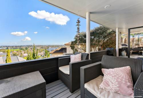 Botany Downs, VENDOR MUST SELL!  in McCahill Views, Property ID: 795017 | Barfoot & Thompson