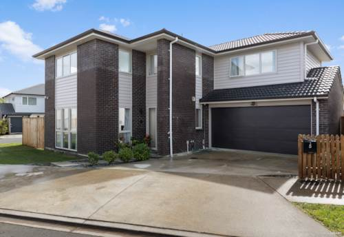 Dannemora, SOLID HOME IN BOTANY DOWNS SECONDARY SCHOOL ZONE, Property ID: 795135 | Barfoot & Thompson