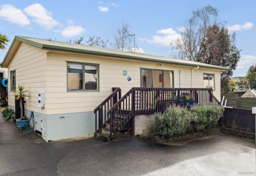 Pukekohe, Affordable and Freehold!, Property ID: 795062 | Barfoot & Thompson