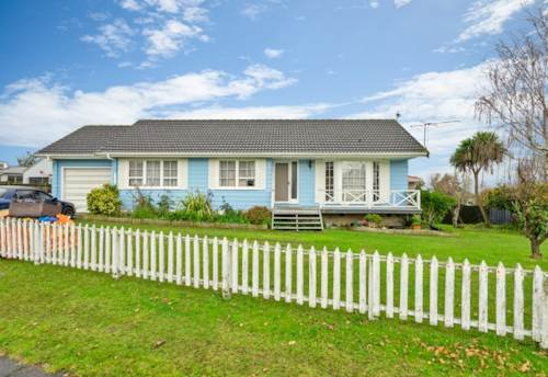 Clendon Park, First Home Buyers, Investors & Developers - Corner Section, Property ID: 795024   Barfoot & Thompson