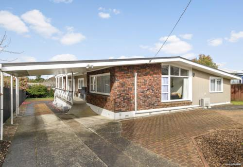 Pukekohe, Character- Filled with Plenty of Space!, Property ID: 795217 | Barfoot & Thompson