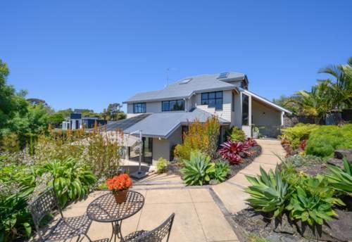 Greenhithe, Your Slice of Kiwi Paradise, Property ID: 795502 | Barfoot & Thompson