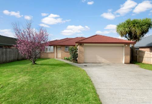 Pukekohe, Immaculate Solid Family Home!, Property ID: 794682 | Barfoot & Thompson