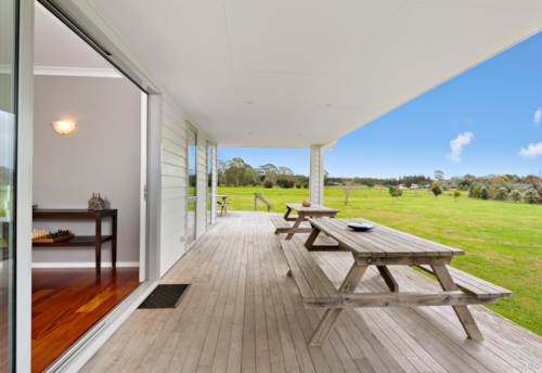 Kerikeri, Modern Living, Rural Ambience, Property ID: 795424 | Barfoot & Thompson