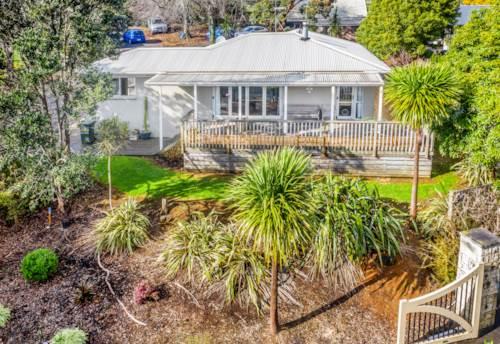 Pukekohe, Best Address & Charming Home, Property ID: 794262 | Barfoot & Thompson
