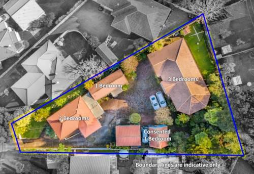 Te Atatu Peninsula, Four Dwellings on One Title! 1563m² - Terrace House Zone, Property ID: 795139 | Barfoot & Thompson
