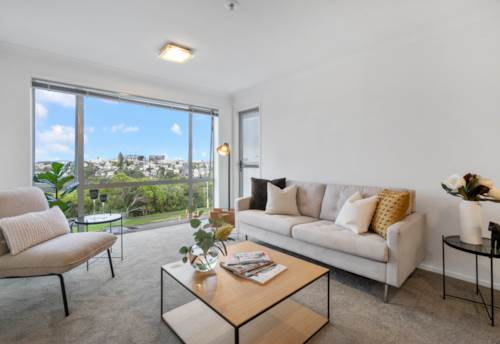 Eden Terrace, Comfortable City Fringe Living, Property ID: 795885 | Barfoot & Thompson