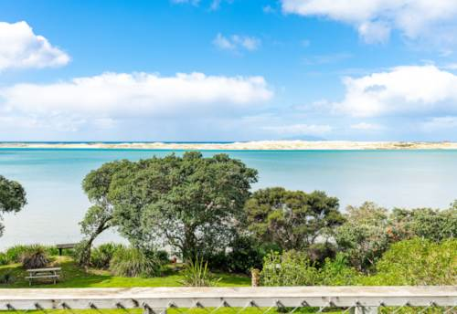 Mangawhai Heads, Waterfront Bach And Sweet As!, Property ID: 796117 | Barfoot & Thompson