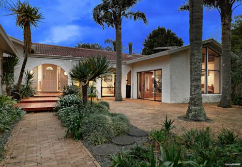 Bombay, SELLERS ON THE MOVE! MEDITERRANEAN DREAM.., Property ID: 795947 | Barfoot & Thompson