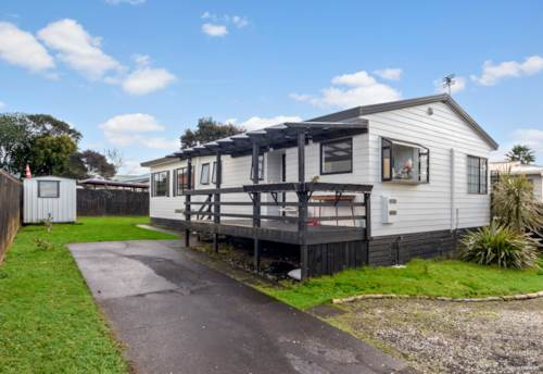 Ranui, GREAT START AS A FIRST HOME, Property ID: 795992 | Barfoot & Thompson