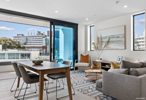 City Centre, YOU WON'T FIND BETTER - LIBRARY 27, Property ID: 795890 | Barfoot & Thompson