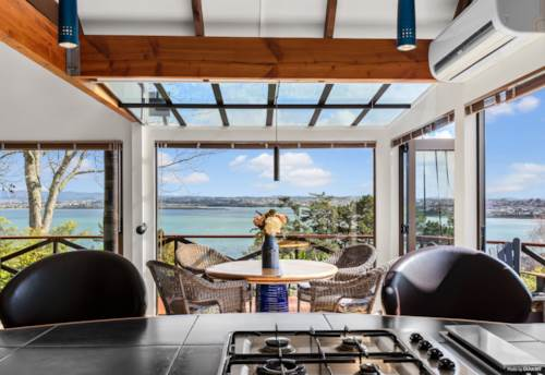 Beach Haven, Seaviews, Sunsets, Privacy and Bird Life, Property ID: 794137 | Barfoot & Thompson