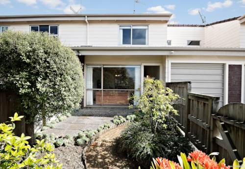Epsom, Double Grammar Zone - Blue Chip in Newmarket, Property ID: 796429 | Barfoot & Thompson