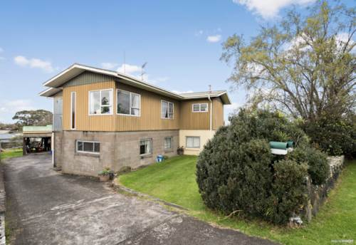 Mt Wellington, GREAT LOCATION AND BIG SECTION!!, Property ID: 796445 | Barfoot & Thompson
