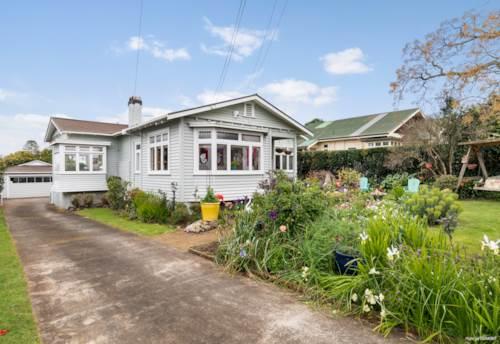 Epsom, WOW! MIXED HOUSING SUBURBAN + 875M2- GZ!, Property ID: 796581 | Barfoot & Thompson