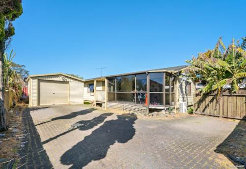 Papatoetoe, Do Up Opportunity in Top Location, Property ID: 796591 | Barfoot & Thompson