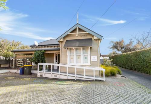 Birkenhead Point, SUBURBAN TROPHY WITH CHARACTER AND CHARM, Property ID: 84516 | Barfoot & Thompson