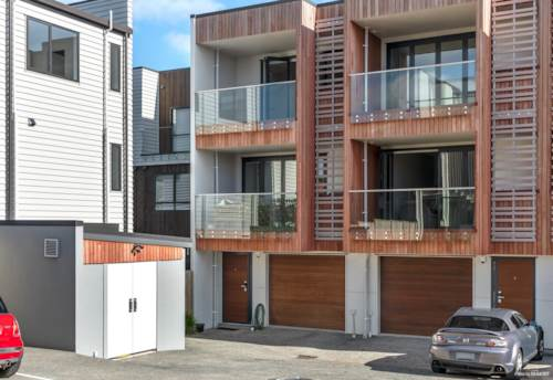 Devonport, Architecturally Designed; Contemporary Living, Property ID: 796721 | Barfoot & Thompson