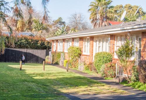 Ellerslie, Lo-cation, Low-maintenance, Low-price!, Property ID: 796579 | Barfoot & Thompson