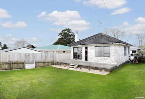 Pukekohe, START RIGHT HERE!, Property ID: 795454 | Barfoot & Thompson