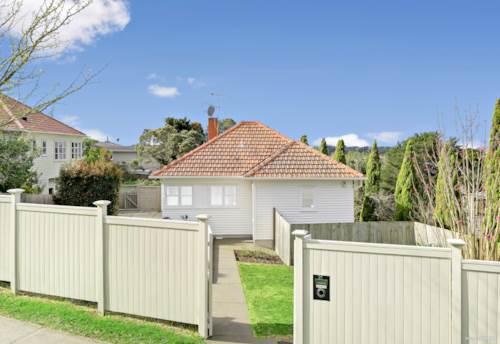 Ellerslie, Space & Privacy in Ellerslie, Property ID: 796653 | Barfoot & Thompson