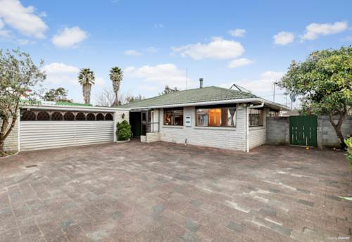 Papatoetoe, Sweet Home and Income Galore, Property ID: 796716 | Barfoot & Thompson
