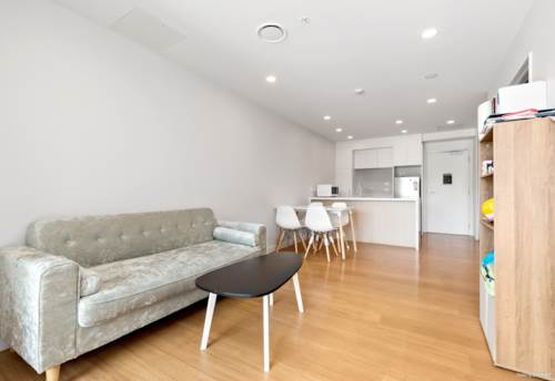 City Centre, Near New! Spacious 2 Brm in Queens Square, Property ID: 797004 | Barfoot & Thompson