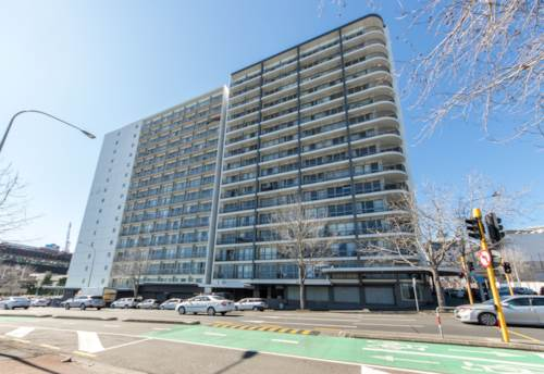 City Centre, 2 Bedrooms with Carpark & City & Harbour View, Property ID: 797023 | Barfoot & Thompson
