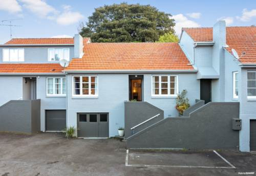 Epsom, Packed With Potential in Double Grammar!, Property ID: 797211 | Barfoot & Thompson