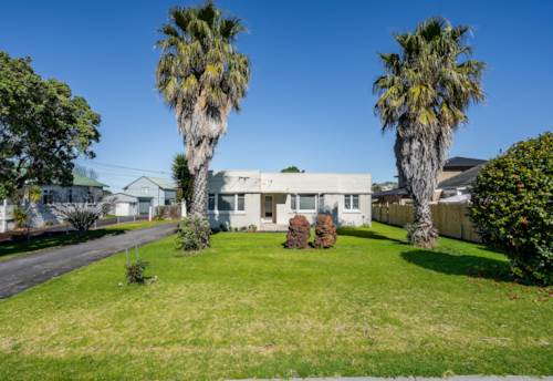 Mt Wellington, 1007m2 OF GREAT POTENTIAL AND FUTURE REWARDS!, Property ID: 797274 | Barfoot & Thompson