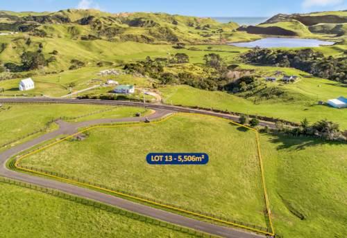Waiuku, 6 month settlement..., Property ID: 797280 | Barfoot & Thompson