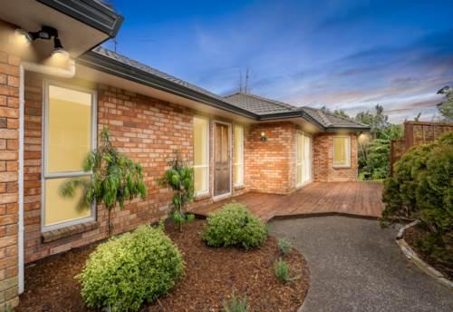 Te Atatu Peninsula, Single-level Brick & Tile home, Property ID: 797165 | Barfoot & Thompson