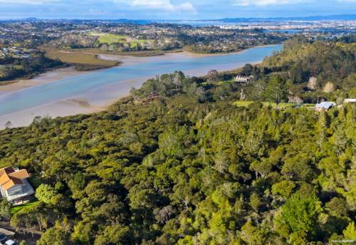 Paremoremo, MUST SELL - $500,000 BELOW CV!!!, Property ID: 796927 | Barfoot & Thompson