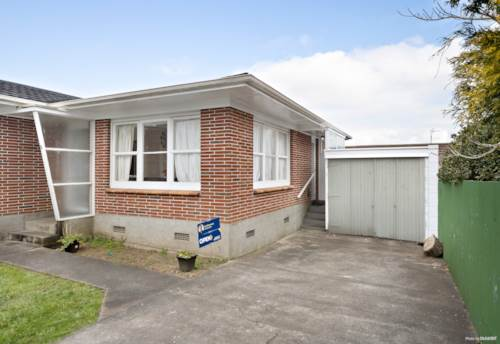 Papatoetoe, Spacious Brick & Tile Unit, Property ID: 797304 | Barfoot & Thompson