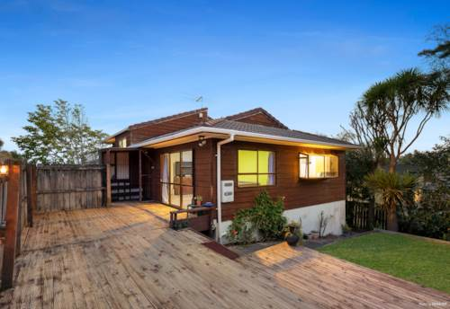 Totara Vale, Add your own flair, Property ID: 796991 | Barfoot & Thompson