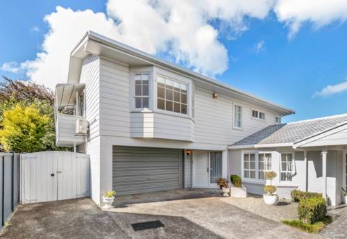 Takapuna, Overseas owner demands sale!, Property ID: 797534 | Barfoot & Thompson