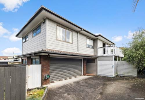 Three Kings, COME HOME TO QUEENSWAY!, Property ID: 797209 | Barfoot & Thompson
