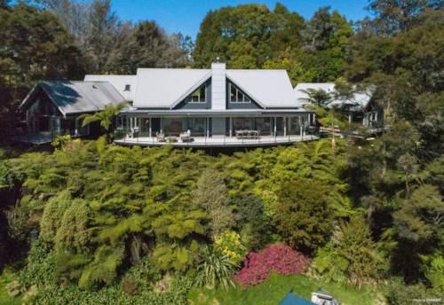 Paihia, BAY OF ISLANDS HOME & INCOME, Property ID: 796380 | Barfoot & Thompson