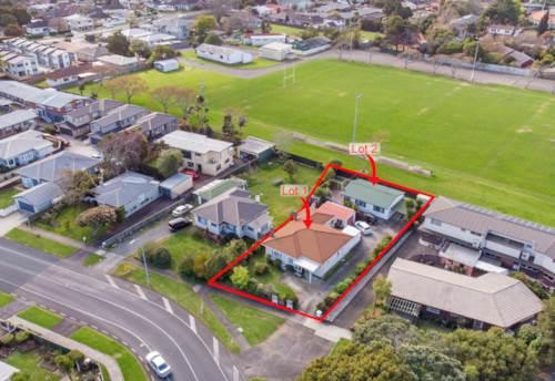 Papatoetoe, Two Homes - 819 M2 - Suburban Zone, Property ID: 797168 | Barfoot & Thompson