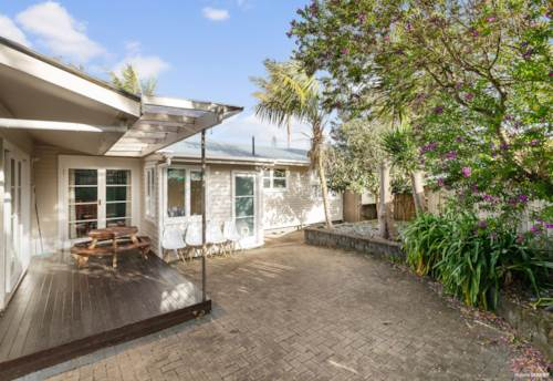 Te Atatu Peninsula, New Lifestyle in Te Atatu Peninsula, Property ID: 797338 | Barfoot & Thompson