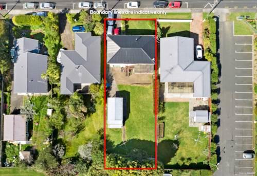 Henderson, Flat 809 sqm Urban Zone, Property ID: 797488   Barfoot & Thompson