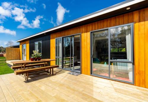 Mangawhai Heads, THIS HOME WILL STEAL YOUR HEART, Property ID: 797455 | Barfoot & Thompson