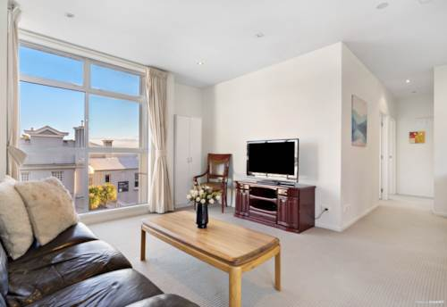 Epsom, SPACIOUS APARTMENT IN TOP DGZ LOCATION, Property ID: 797677 | Barfoot & Thompson