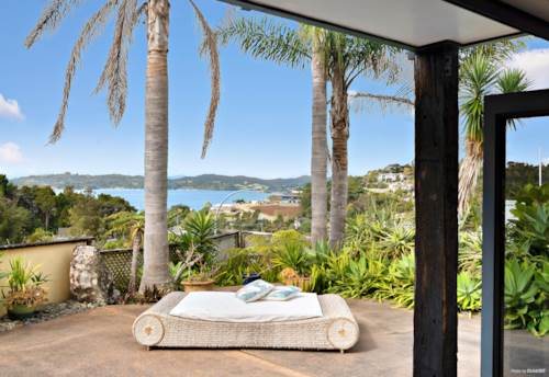 Paihia, DESIGNED FOR THE VIEWS, Property ID: 797957 | Barfoot & Thompson