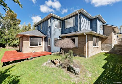 Mt Roskill, Modern Family Home in a Great Location!, Property ID: 797528 | Barfoot & Thompson